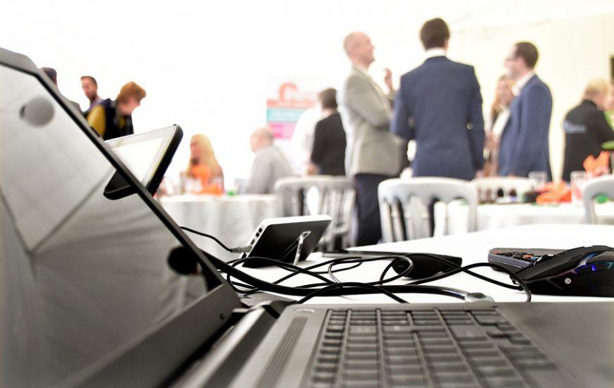 qualités-interprète-conférence