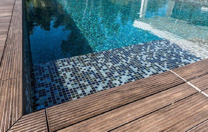 Les options en revêtement de piscine